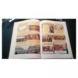 L'illustration La comédie française dans l'album Autour de Madame Swann I.